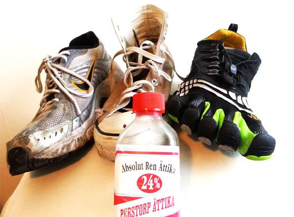 Behandla fotlukt och illaluktande skor enkelt!